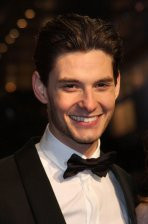 home ben barnes biography ben barnes عربي english
