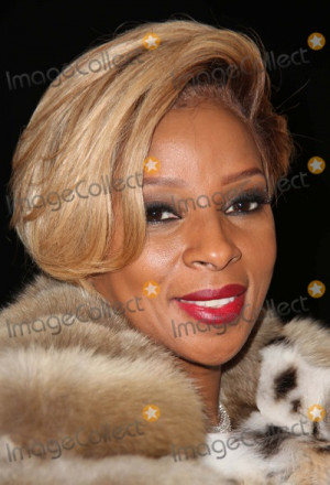 Dennis Basso Mary J Blige Picture Dennis Basso Fall 2014 Fashion