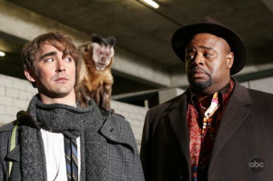 Lee Pace and Chi McBride in PUSHING DAISES | ©2007 ABC