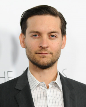 Tobey Maguire talked working with Leonardo DiCaprio on The Great ...
