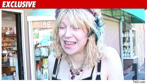 courtney love at wendys