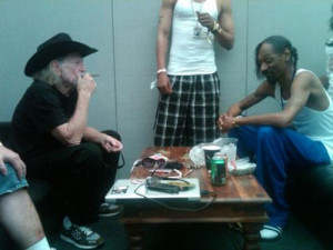 snoop-dogg-and-willie-nelson.jpg