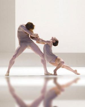 Wayne McGregor's Chroma (Royal Ballet) Alina Cojocaru, Ballet Dancers ...