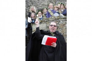 ... -faced charity retracts made-up quote from vicar about St Ives abseil