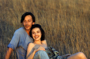 Still of Jean-Hugues Anglade and Béatrice Dalle in Betty Blue (1986)