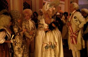 Bütün dahiler göklere uzanır. Mozart ise gökten inmiştir ...