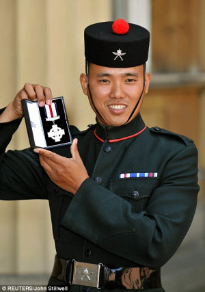 Hero Gurkha Receives Bravery Medal From The Queen