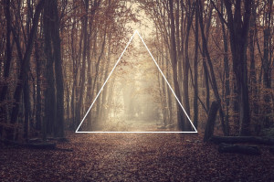 hipster-triangle-backgrounds-tumblr-nmtljeui