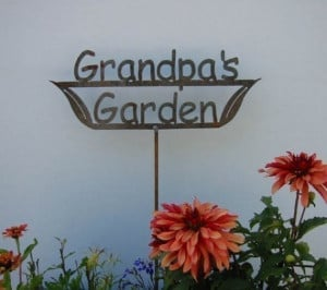 GREAT GIFT Grandpa's OR Dad's OR Papa's Garden Sign Metal Stake OR ...