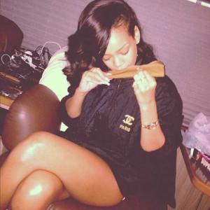 Rihanna Smoking 25 Blunts 22