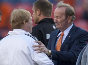 Denver Broncos owner Pat Bowlen steps down because of Alzheimer's ...