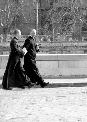 Do you have pictures of Roman priests?