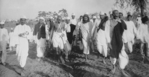 salt march, 1930, indians, gandhi, ahmadabad, arabian sea, british ...