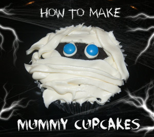 """These """"Mummy Cupcakes """"are sure to be a hit at your Halloween ..."""
