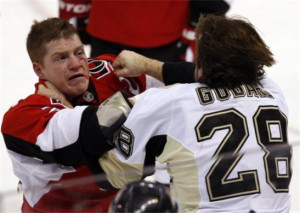 Fighting_in_ice_hockey Picture