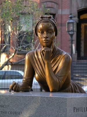 the African-American poet Phyllis Whitley resides at the Boston Women ...
