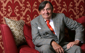 Barry_humphries_1925111a.jpg