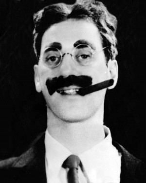 Description Groucho Marx.jpg