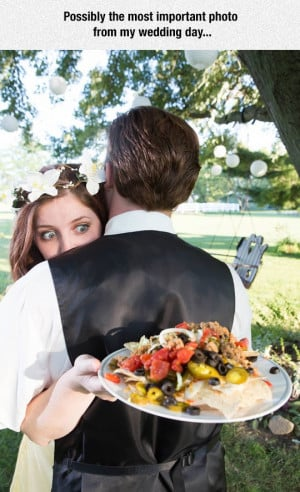 funny-wedding-photo-bride-food