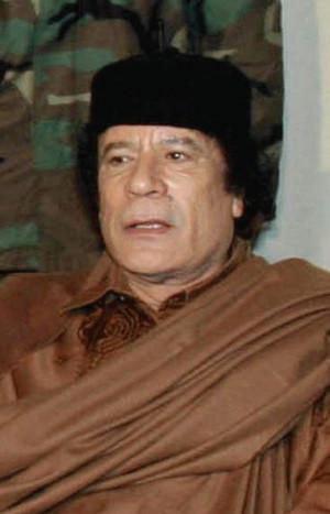Muammar_al-Gaddafi-09122003