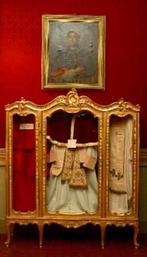 ... pius ix s papal choir dress in display at mueo pio ix in senigallia
