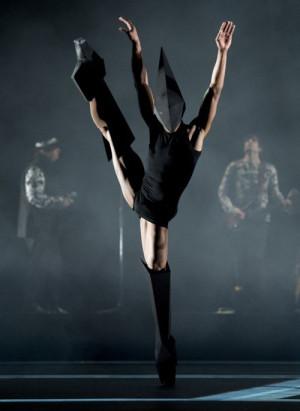 Eric Underwood | Wayne McGregor's Carbon Life: Underwood Dance, Ballet ...