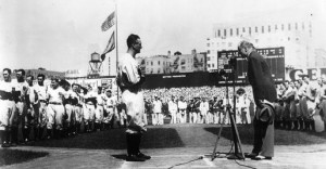 lou gehrig s farewell speech in his famous farewell speech lou gehrig ...