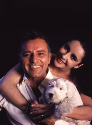 missavagardner:Elizabeth Taylor & Richard Burton photographed by ...