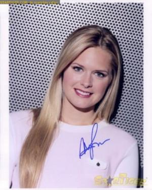 Maggie Lawson Autograph