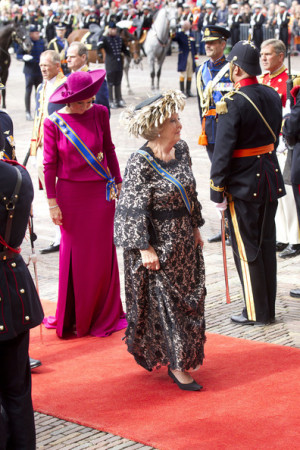 Queen Beatrix Queen Beatrix of the Netherlands and Princess Maxima of ...