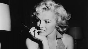 Coroner Who Handled Marilyn Monroe's Body in 1962 Quotes Poetry When ...