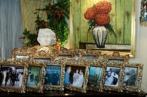 Buffet and photos at Imelda Marco's home, May 2007