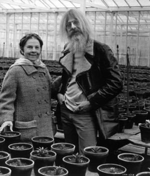 Still of Hal Ashby and Ruth Gordon in Harold and Maude (1971)