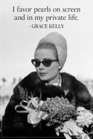 grace_kelly_pearls.jpg