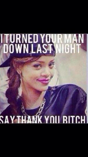 Photo de Rihanna vous demande de la remercier sur Twitter