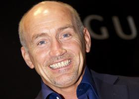 Brief about Barry McGuigan: By info that we know Barry McGuigan was ...