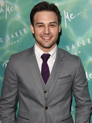Ryan Guzman Shows Off His 21 Lb Muscle Gain with a Gym 39 Progress