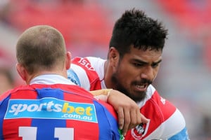 Beau Scott Peter Mata 39 utia NRL Rd 26 Knights v Dragons