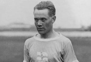 Paavo Nurmi in 1924 Wikimedia Commons