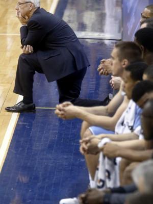 North Carolina coach Roy Williams, left, watches as Pitt built a big ...