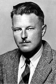 Malcolm Lowry Quotes (19 quotes)