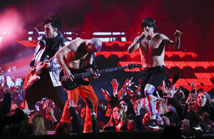 red-hot-chili-peppers-super-bowl-halftime.jpg