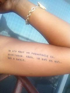Keke Palmer se hizo un tatuaje de una cita de Aristóteles
