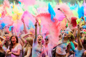 celebration colors holi wishes sms msg quotes funny hindi english
