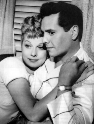 http://www.famouswhy.com/photos/lucille_ball_and_desi_arnaz_image.jpg