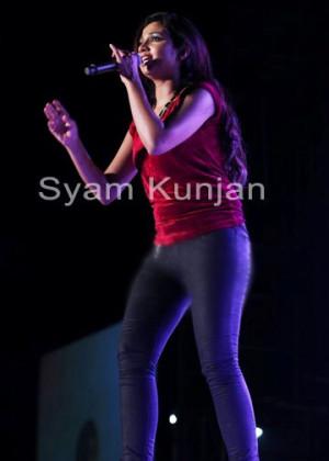 Shreya Ghoshal Jeans