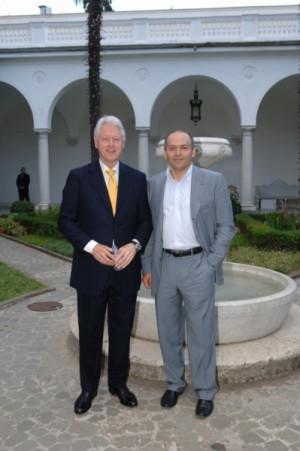 Victor Pinchuk, Bill Clinton