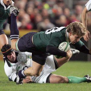 Denis Leamy tackling South Africa's Francois Steyn to the ground last ...