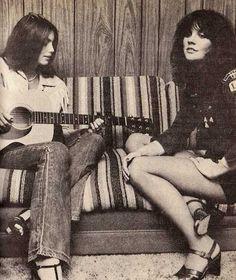 Emmylou Harris and Linda Rondstadt, 1977