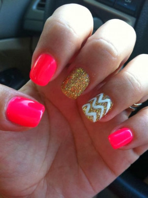 ... nails done comedian | Getting nails done at the salon | Pretty nail